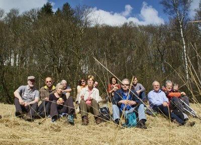 Wandergruppe der Seniroren bei der Rast